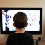 Jak oderwać dziecko od ekranu telewizora?