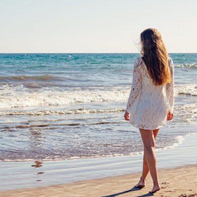 Wrastające włoski po depilacji – jak sobie z nimi radzić?