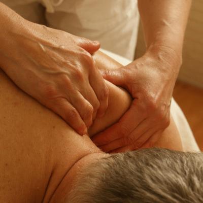 Czym jest terapia manualna?